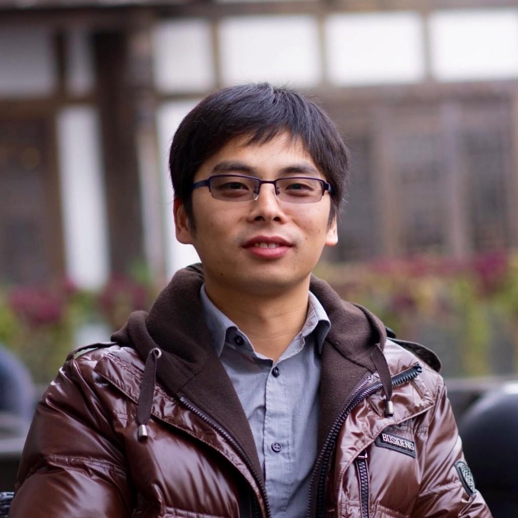 Zhengming Ding